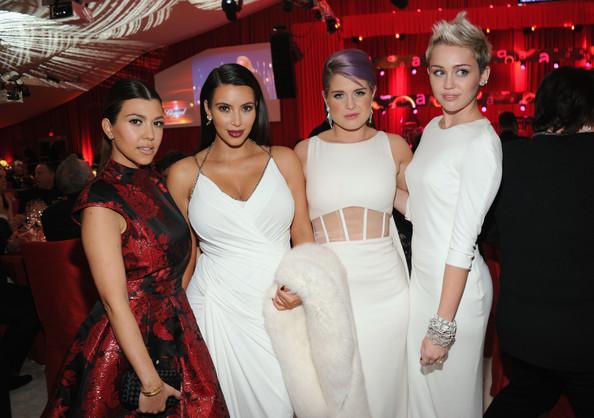 Kourtney Kardashian, Kim Kardashian, Kelly Osbourne and Miley Attend Elton John's Oscars Party