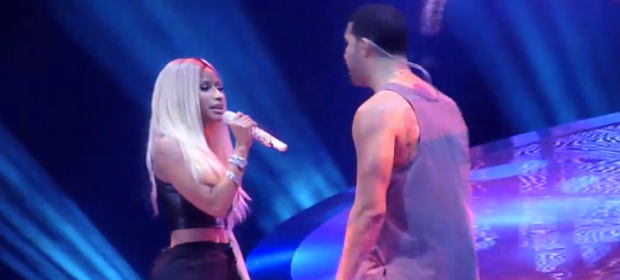 "Nicki Minaj ad Drake Perform ""Make Me Proud"" In Los Angeles"