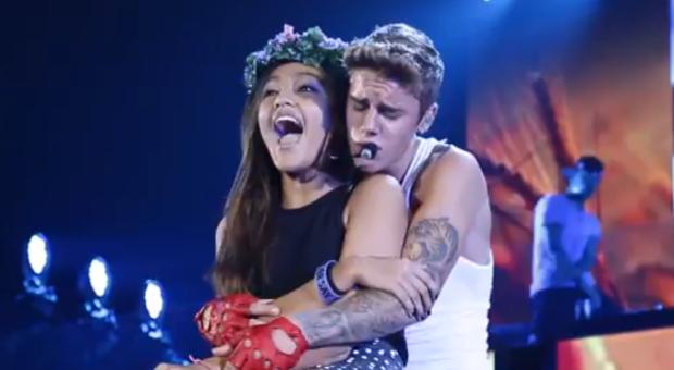"New MV: Justin Bieber - ""Hold Tight"""