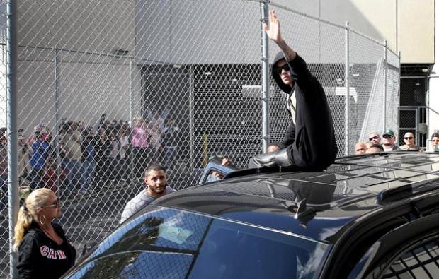 Justin Bieber Released After Arrest For DUI & Drag Racing