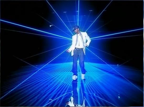 Usher - %22Yeah%22