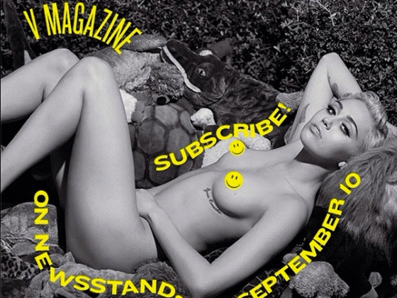 Miley Cyrus Poses Nude For V Magazine