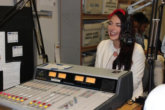 #BennettKnowsRadio Interviews Bianca